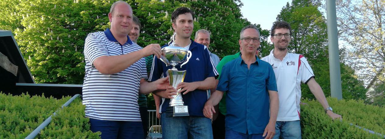TC Langquaid Sieger beim Stockschützenturniers des TSV Langquaid.
